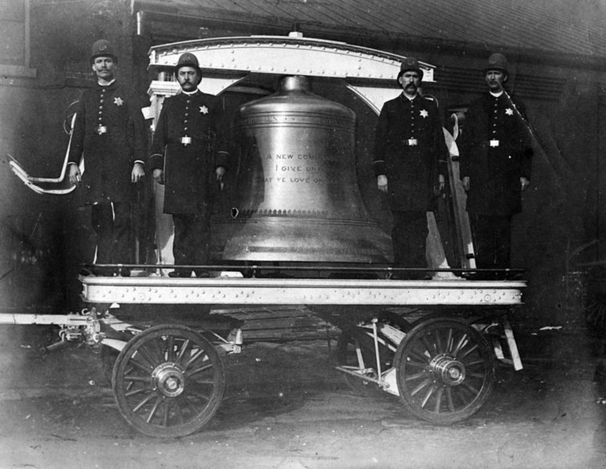 Original file ‎(1,440 × 1,114 pixels, file size: 210 KB, MIME type: image/jpeg) Open in Media ViewerConfiguration Summary Liberty Bell at the 1893 Chicago World's Fair Columbian Exposition (Chicago Tribune) Additional cracking may have been caused by