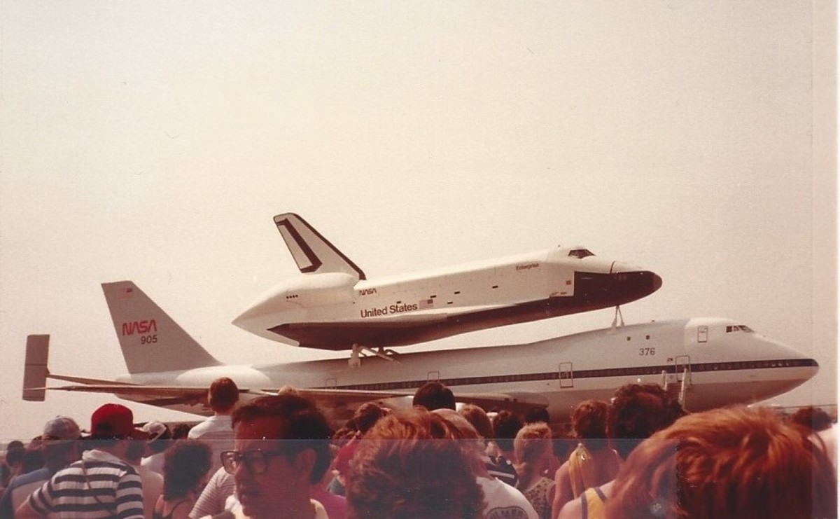 The STS Enterprise attached to a Boeing 747 at Dulles IAP, 1983.