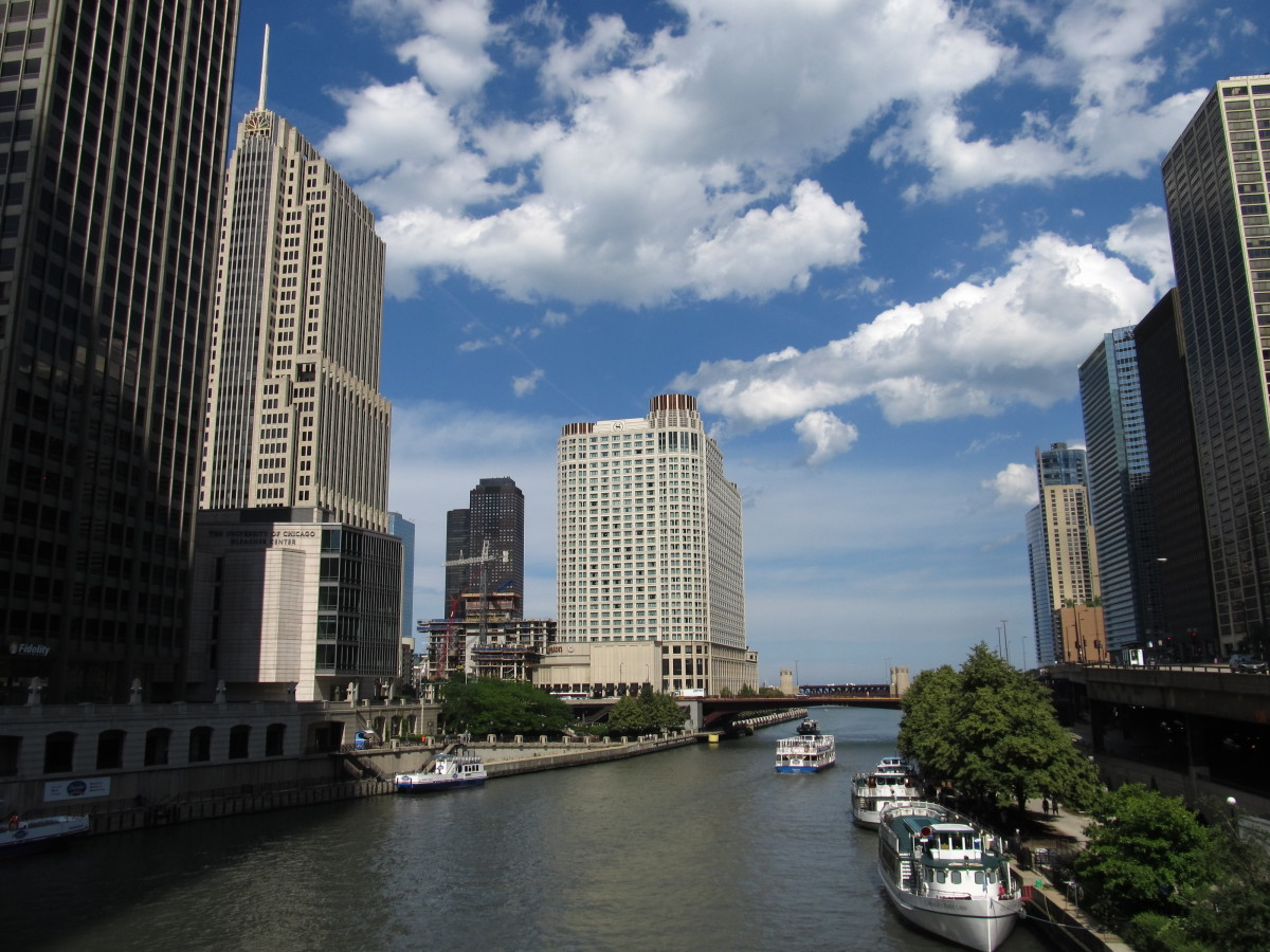 Chicago River from Michigan Avenue Bridge, part of the du Sable Homesite,