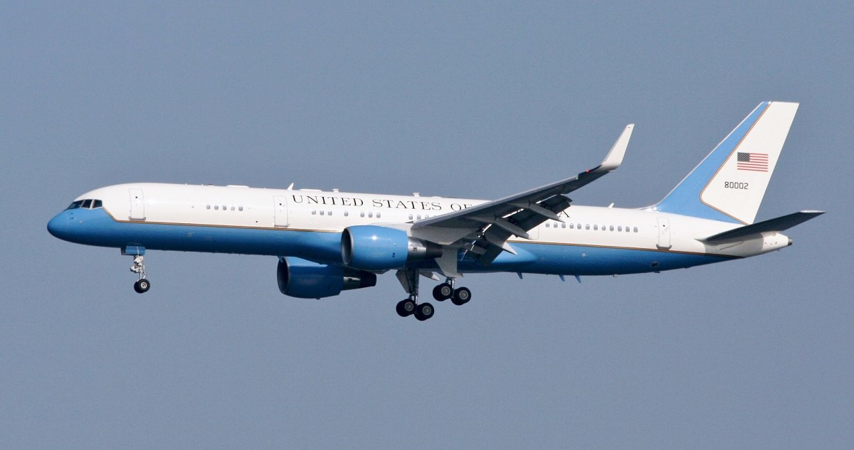 A C-32A of the presidential fleet.