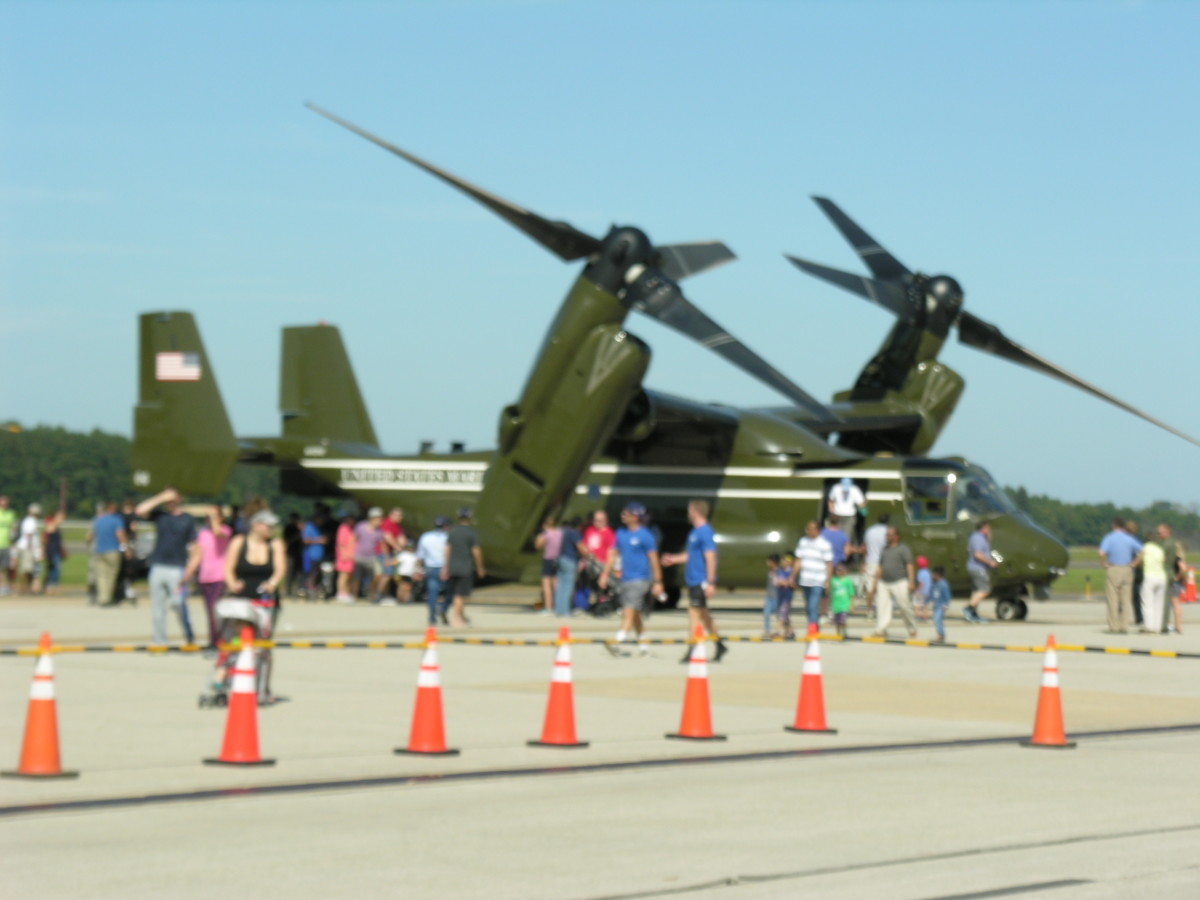 "An MV-22 Osprey, Bu Number 168332, at Dulles IAP, September 2017.  The MV-22s of HMX-1 has flown VIPs but for safety concerns has not, as of May 13, 2018, flown as ""Marine One""."