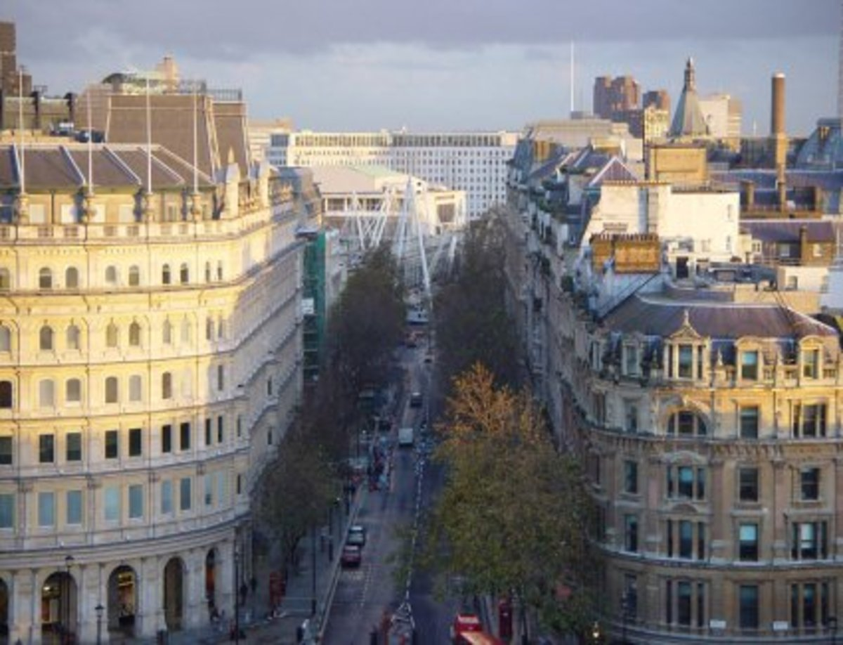 Northumberland Avenue towards the river with Hungerford Bridge in view