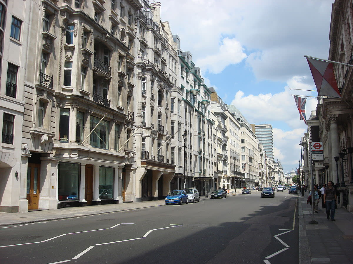Numerous Regency buildings on Pall Mall