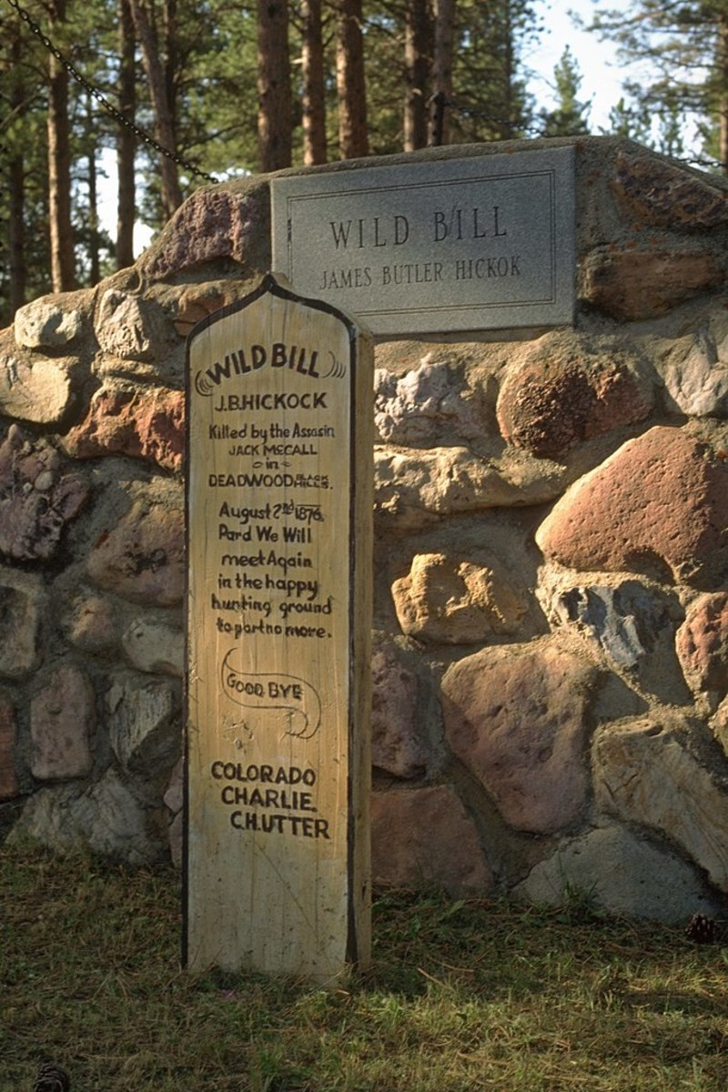 Grave of Wild Bill Hickok.