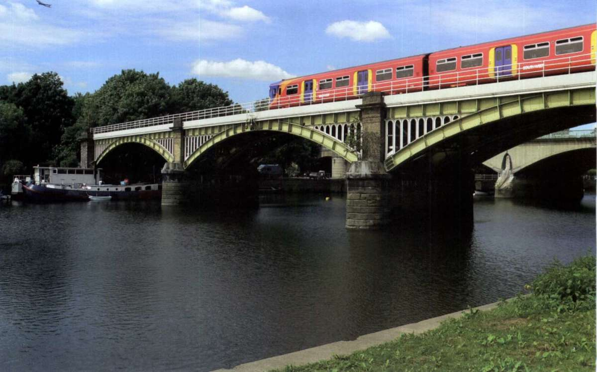 Another replacement railway bridge
