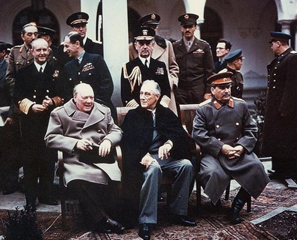 Attendees at the Yalta Conference. From left to right in the foreground: Winston Churchill, Franklin D. Roosevelt and Joseph Stalin.