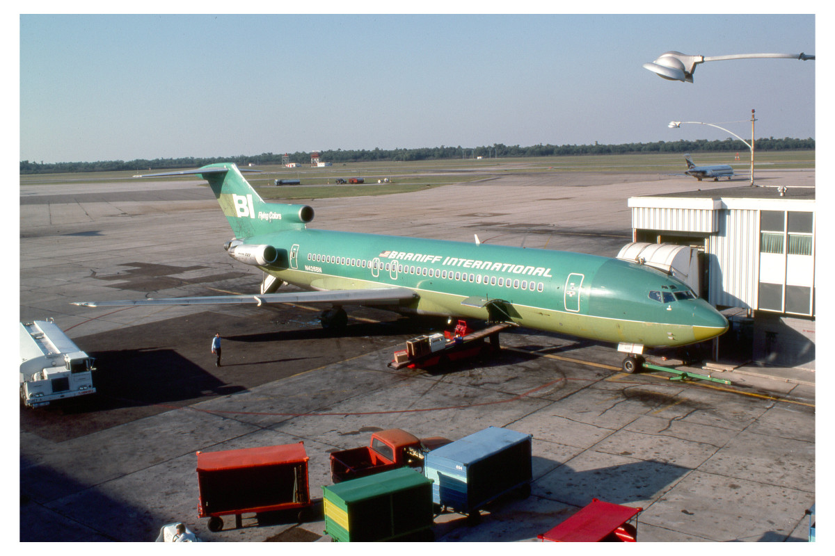 """""""Let Braniff get you there with flying colors."""" Braniff International 727"""