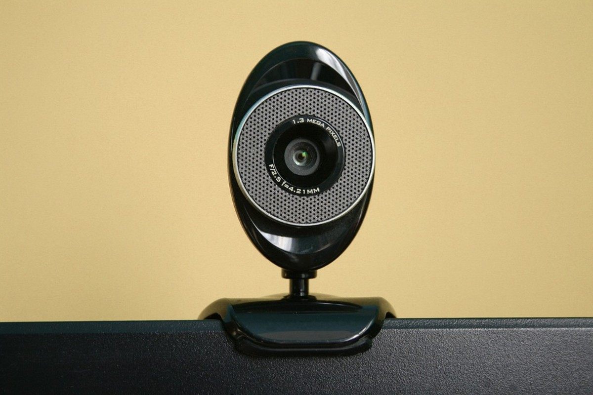 Make sure your internet connection is good and your webcam and microphone are connected and working.