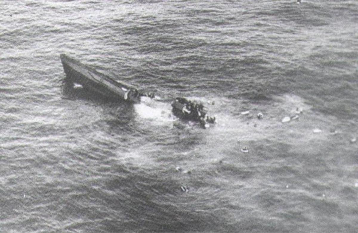 U-625 goes to her watery grave in February 1943. She was of the same class as U-1206.