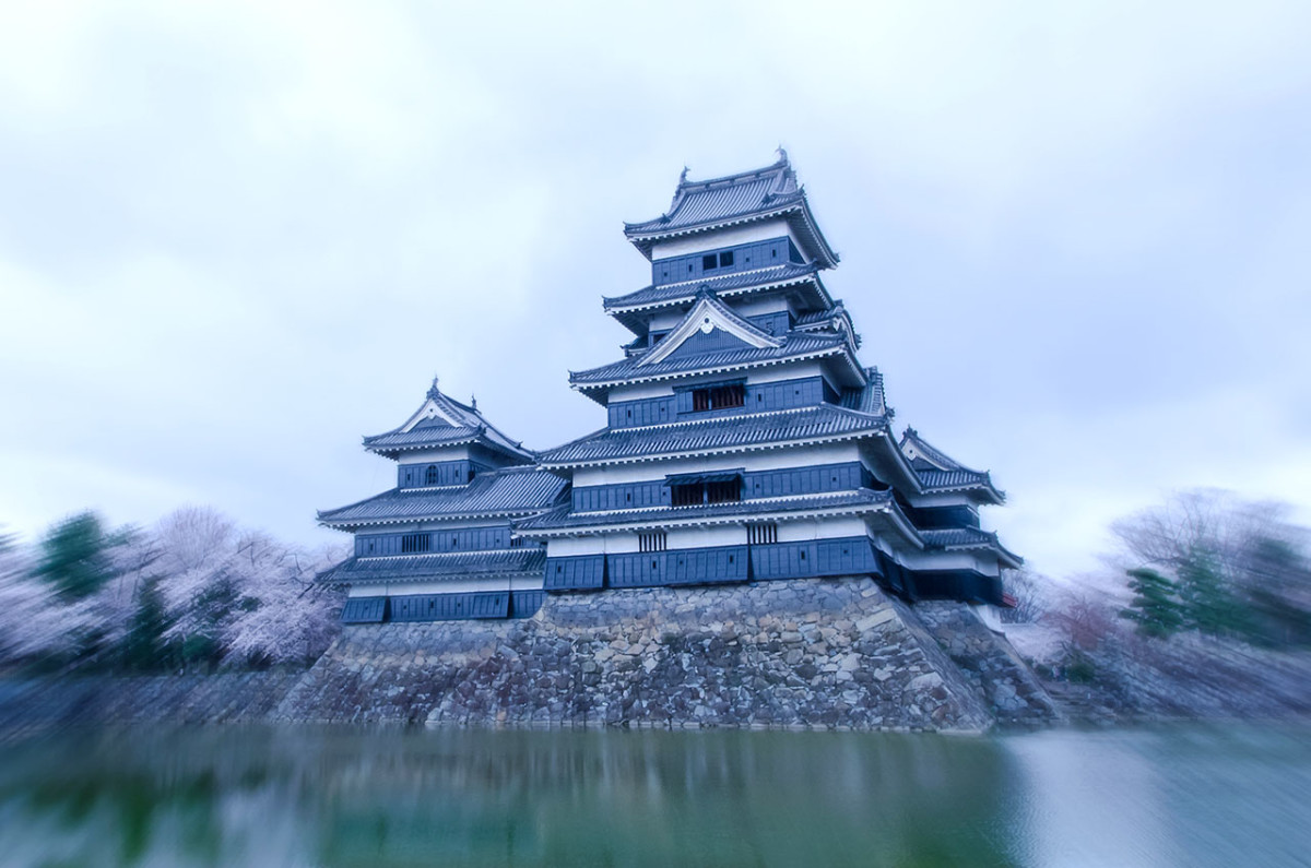 For many warlords during the Azuchi-Momoyama Period, castles were expressions of power, might, and ability.