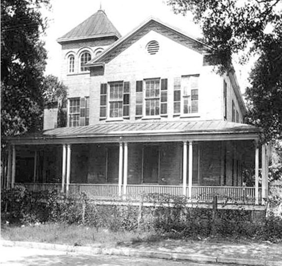 A school opened for African Americans in St. Augustine, FL.