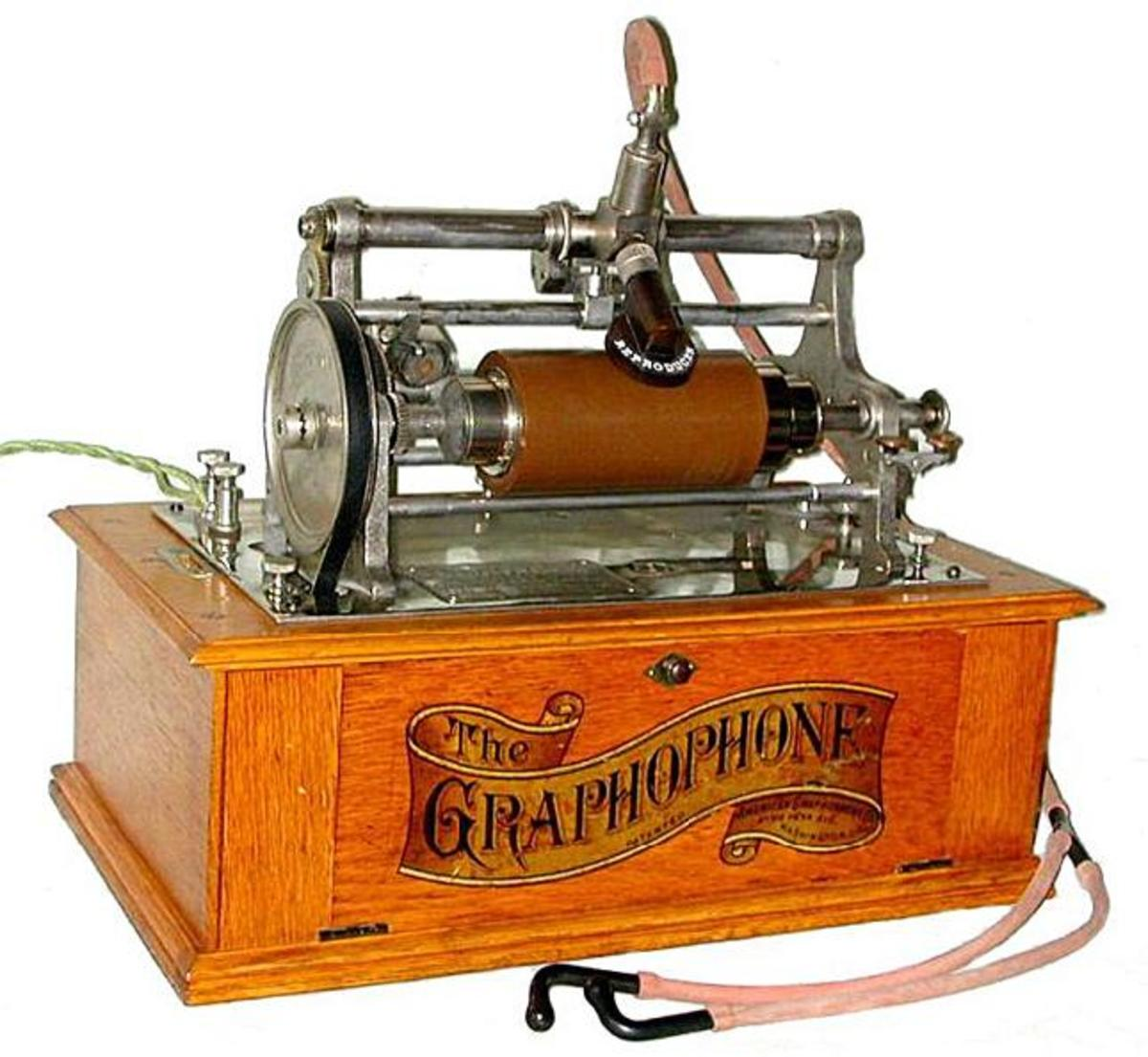 "The Graphophone playing a Bell-Tainter 6"" x 1-5/16"" ozocerite wax cylinder, as used on the early treadle machines."