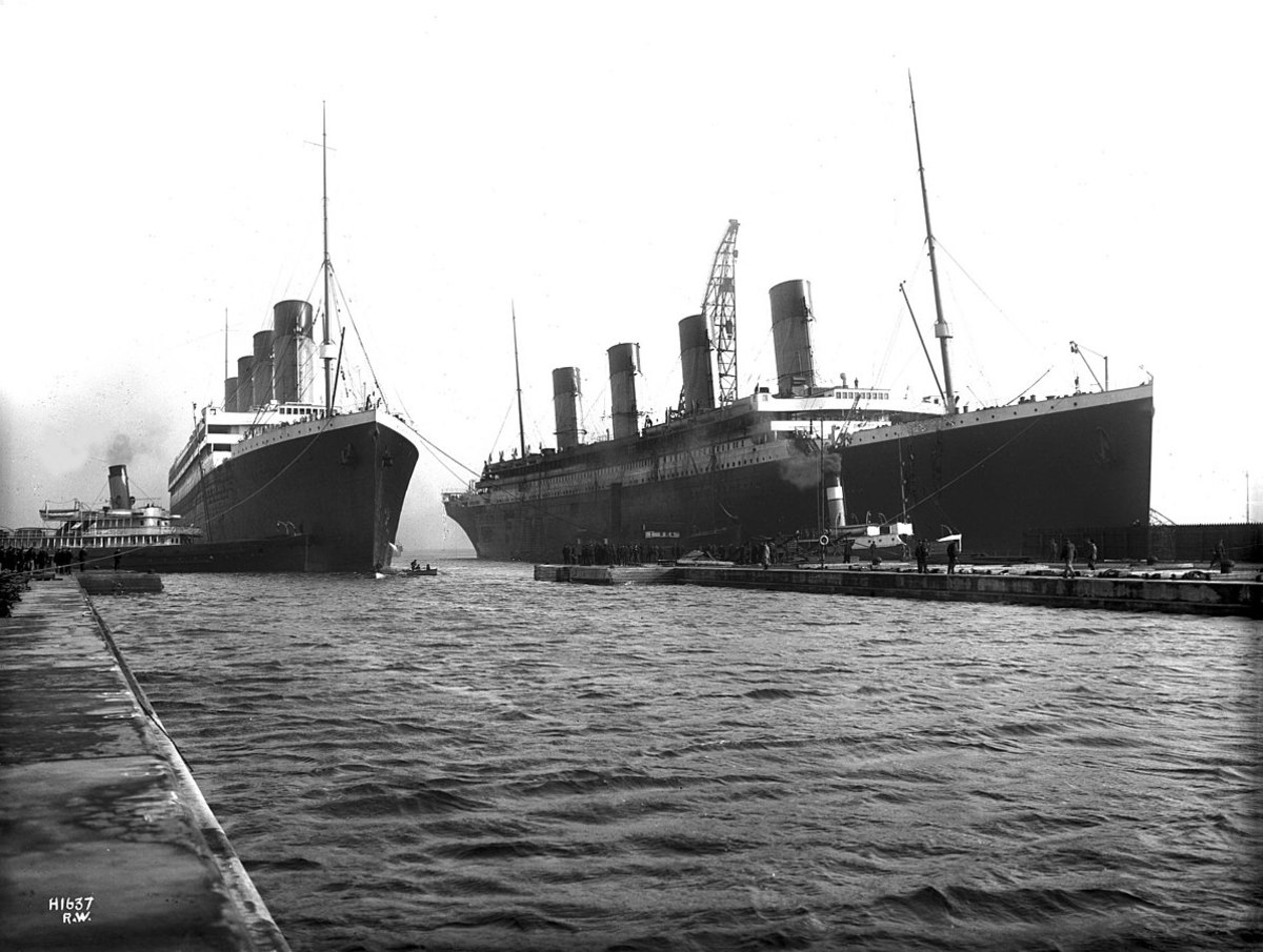 The Titanic and Olympic berthed together. But which is which?