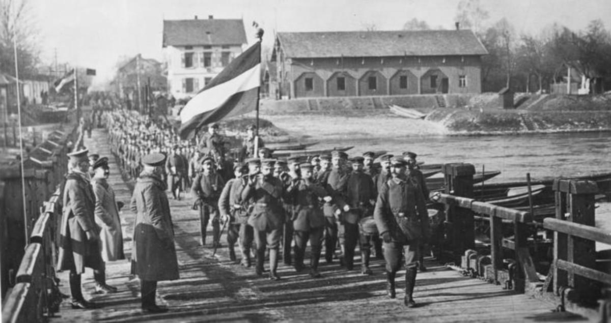 German troops return home, November 1918.