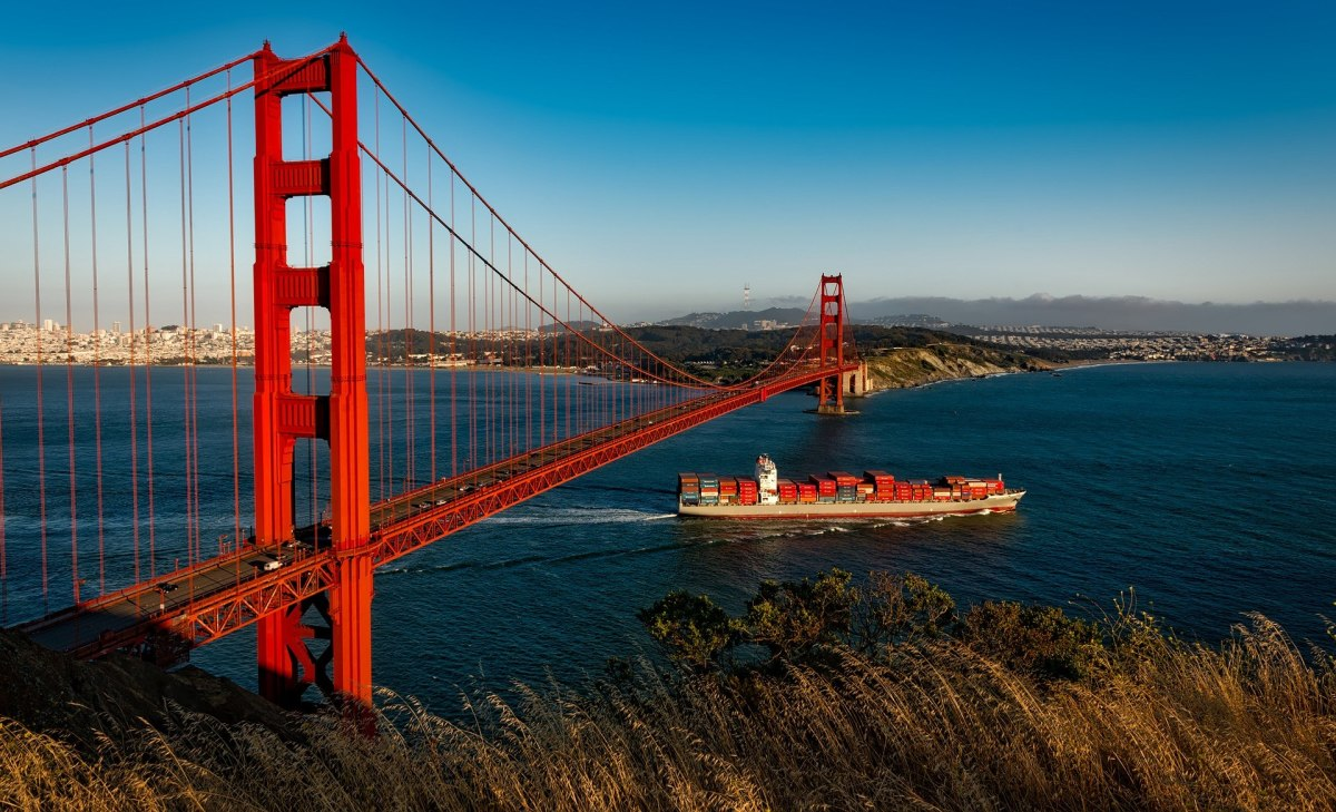 The Golden Gate Bridge in San Francisco, USA is a suspension bridge. Thick steel cables hold up the roadway between the tall steel pillars.