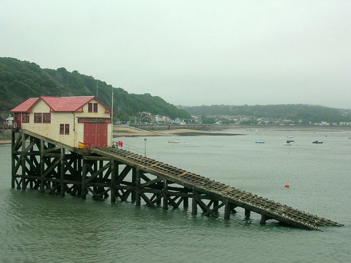 The Mumbles lifeboat station that was in use until 2014.