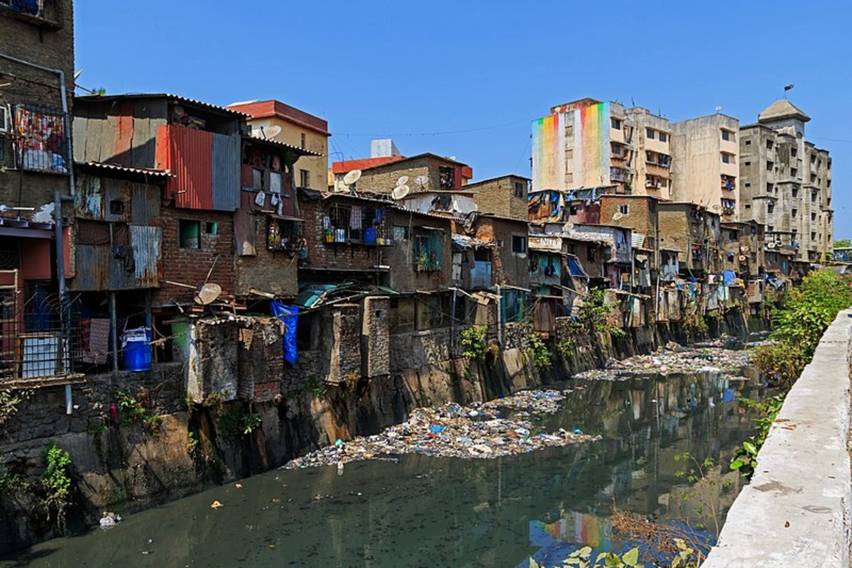A typical Mumbai slum