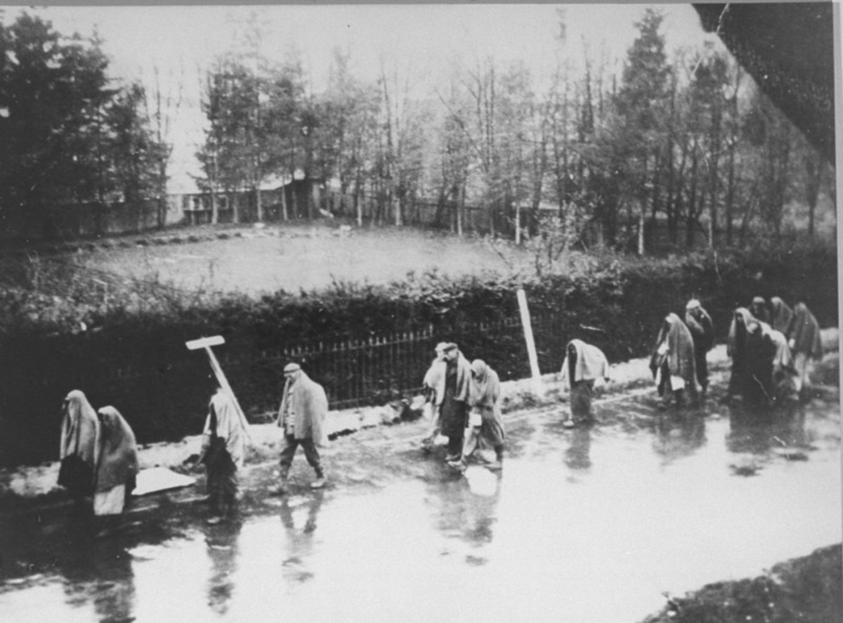 Prisoners from Dachau on the move.
