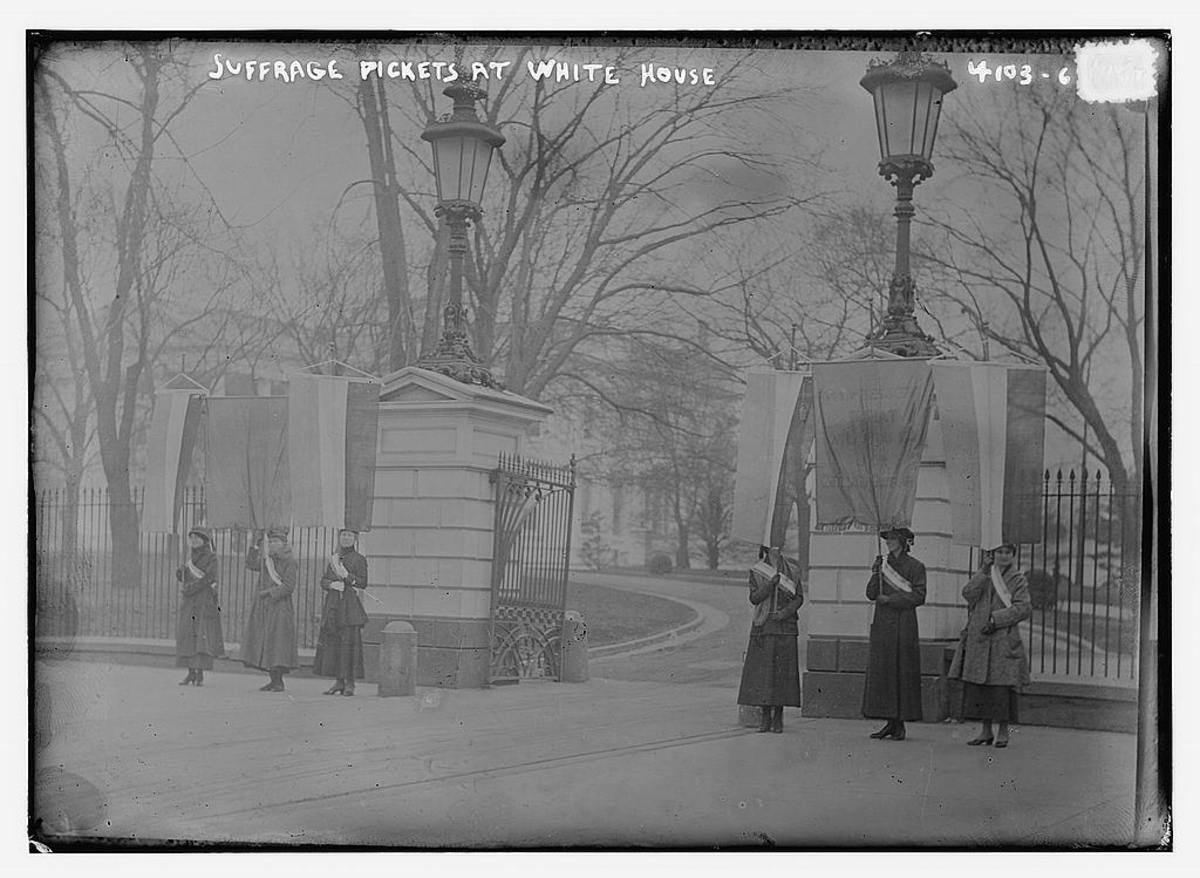 Women picketing outside of the White House and were arrested and sentenced to jail time