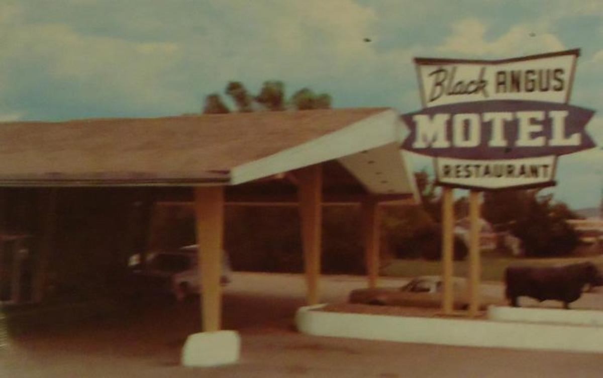 The Black Angus Motel