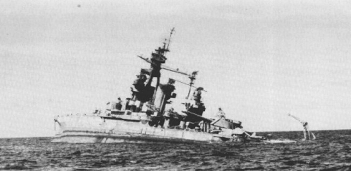 USS Pennsylvania sinking in 1948.