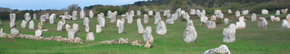 Carnac stones, Menec alignment, at the western end