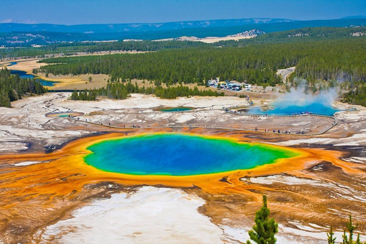 The world's first and oldest national park, Yellowstone is one of the most awe-inspiring wilderness areas on the planet. Huge herds of bison still roam free in the valleys, and the abundant wildlife includes grizzly and black bears, gray wolves, etc.