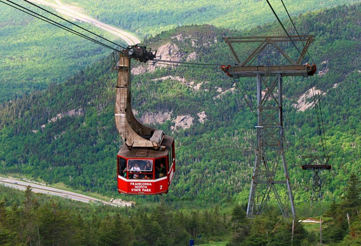 Cannon Mountain Aerial Tramway and Franconia Notch: the first aerial tramway in North America, the Cannon Mountain Aerial Tramway carried its first passengers to the 4,080-foot summit high above Franconia Notch in 1938. Photo by Jaine via Flickr.