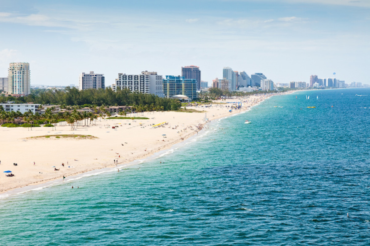 """Fort Lauderdale: Located on the Atlantic coast, Fort Lauderdale is known as the """"Venice of America"""" due to its expansive and intricate canal system."""