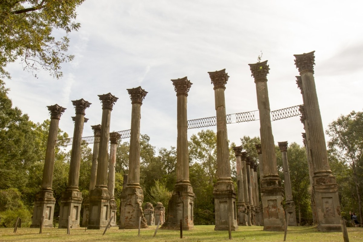 The Windsor Ruins:  are well and truly off the beaten track, giving visitors a private window into the centuries gone by quite unlike other tourist attractions. Photo source by karenfoleyphotography via Shutterstock.