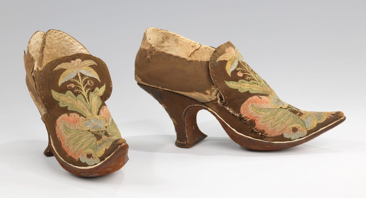 European shoes circa 1690–1710
