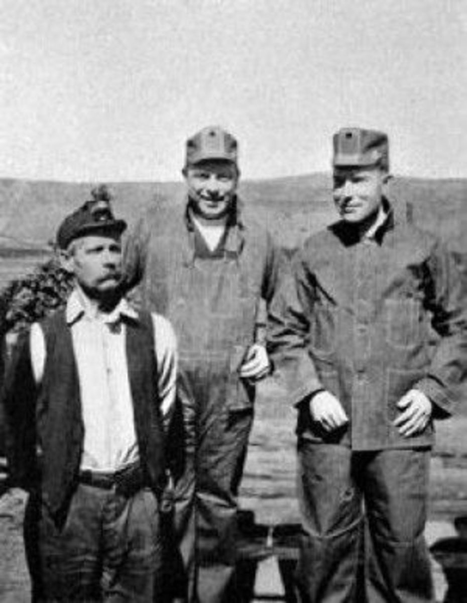 Left to right: Valdez miner Archie Dennison, future Canadian prime minister Mackenzie King, and Rockefeller Jr.