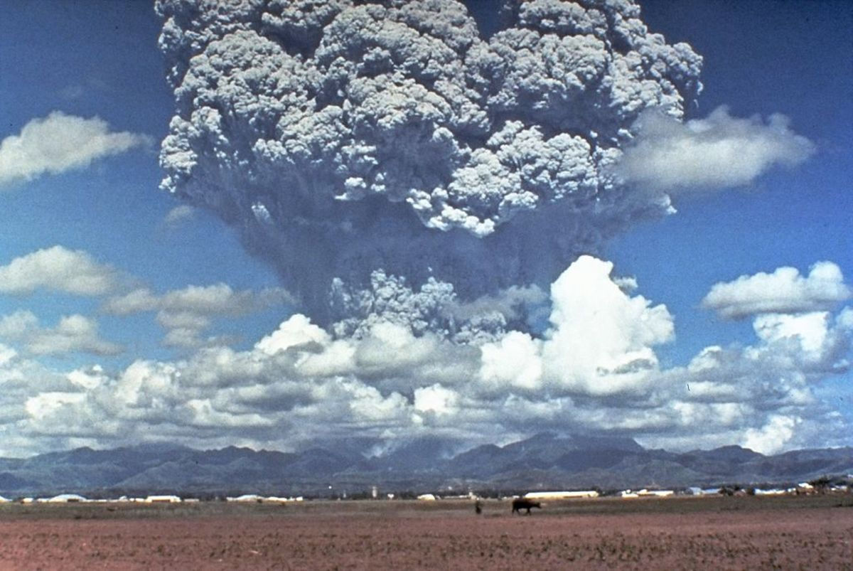 In 1991 Pinatubo volcano in the Philippines erupted, sending enormous amounts of ash into the atmosphere