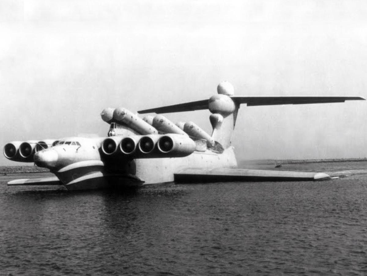 The Lun-class ekranoplan.