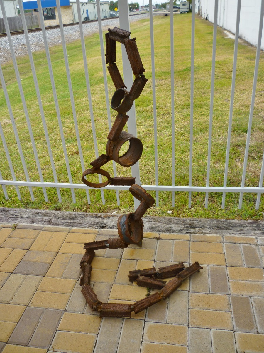 Felipe Lopez sculpture