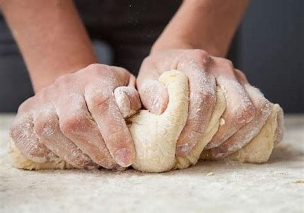 """""""Mettre la main à la pâte"""""""