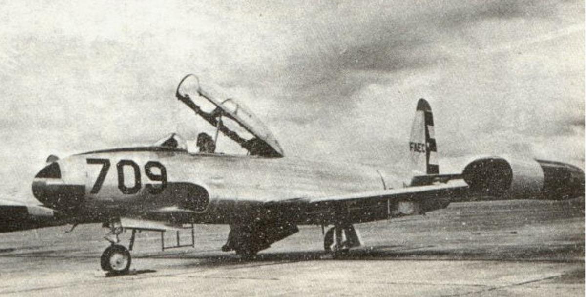 Castro's T-33 fighters