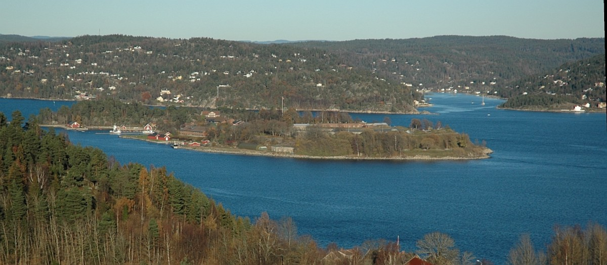 Oscarsborg fortress in the Oslo fjord. Photography taken from south-west.