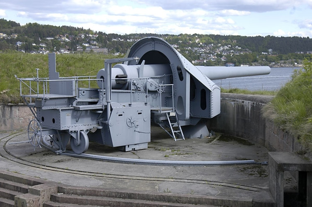 One of the three 28cm Krupp guns at Oscarsborg Fortress. Two of the 28cm pieces were manned and took part in the sinking of the German cruiser Blücher in 1940.