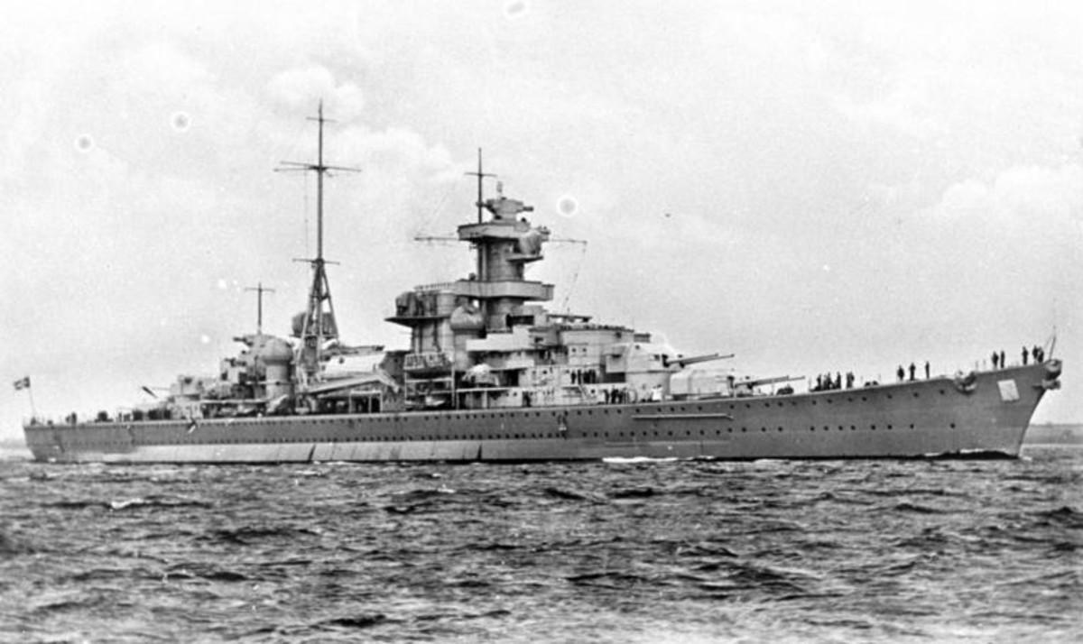 WW2: German heavy cruiser Blucher, view from starboard, 1939