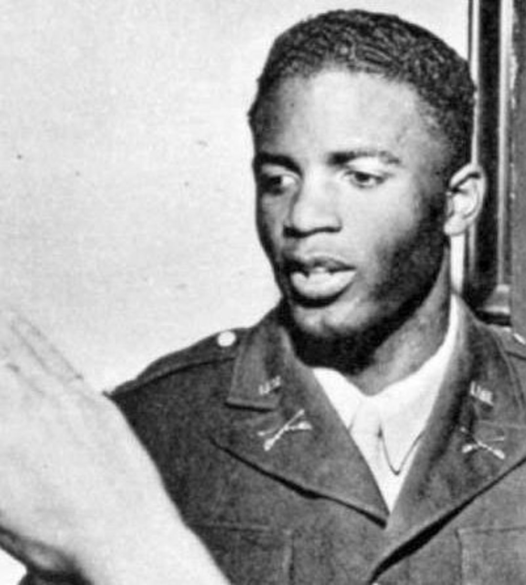 Jackie Robinson, who would be the first African-American to play in Major League Baseball, was a member of the 761st Tank Battalion. Circa 1943.