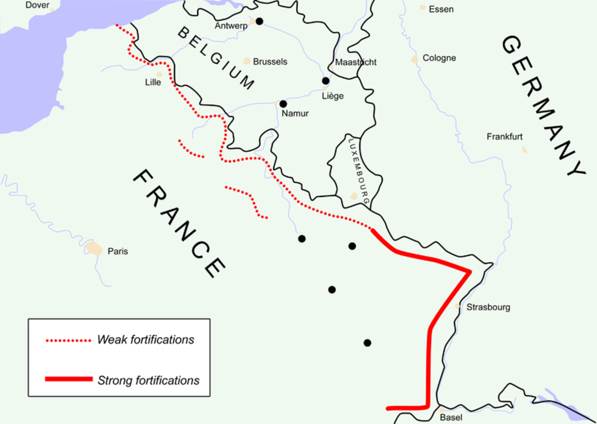 Pictured: France trusting Hitler to respect borders