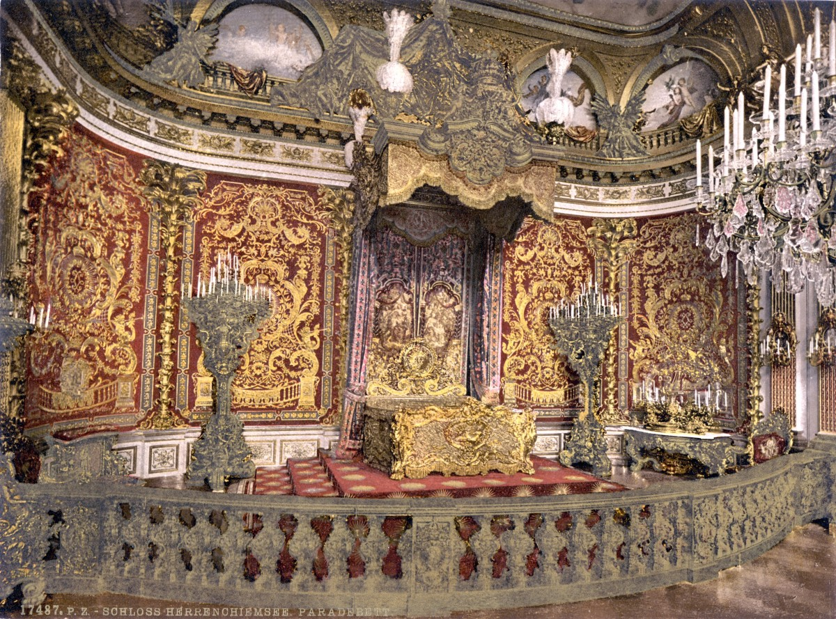 1890-1905 Herrenchiemsee Castle - royal bedroom