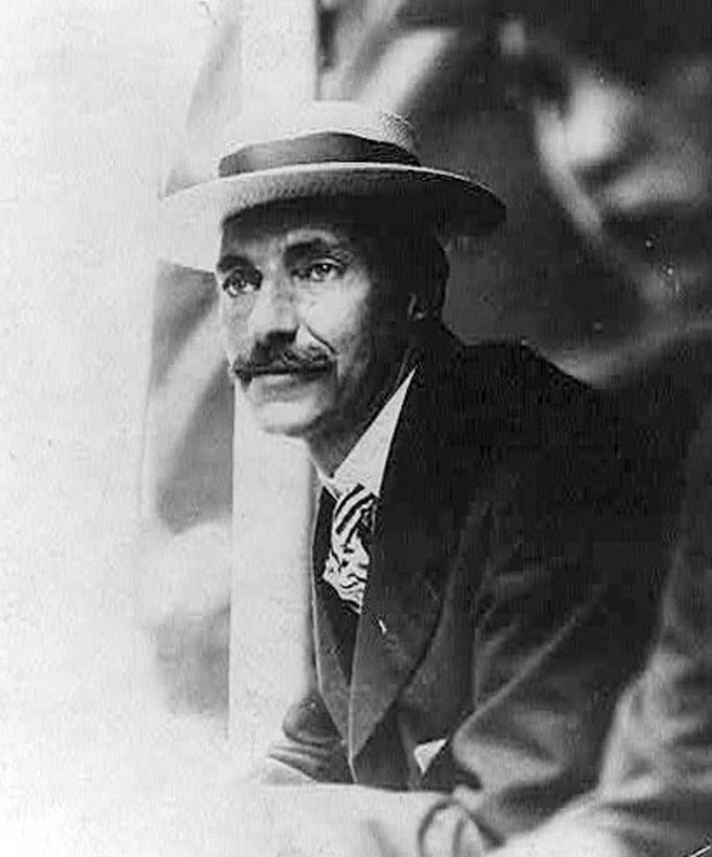 John Jacob Astor IV pictured in 1909. Astor was the wealthiest traveler aboard Titanic.  He was an American businessman, investor, inventor, writer, real estate builder, and had served as a lieutenant colonel in the Spanish-American War.