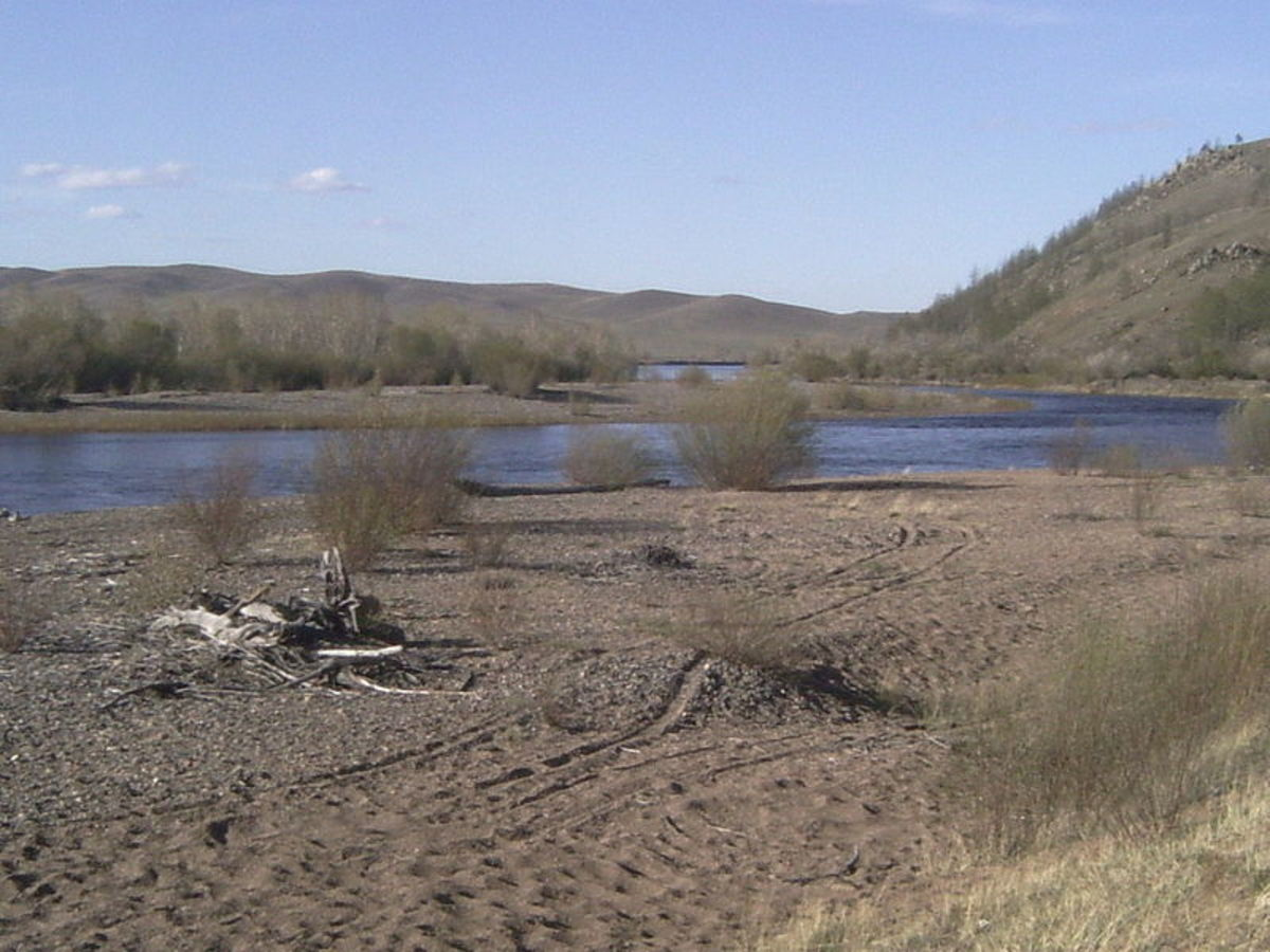 Is the Onon River the location of Genghis Khan's resting place?