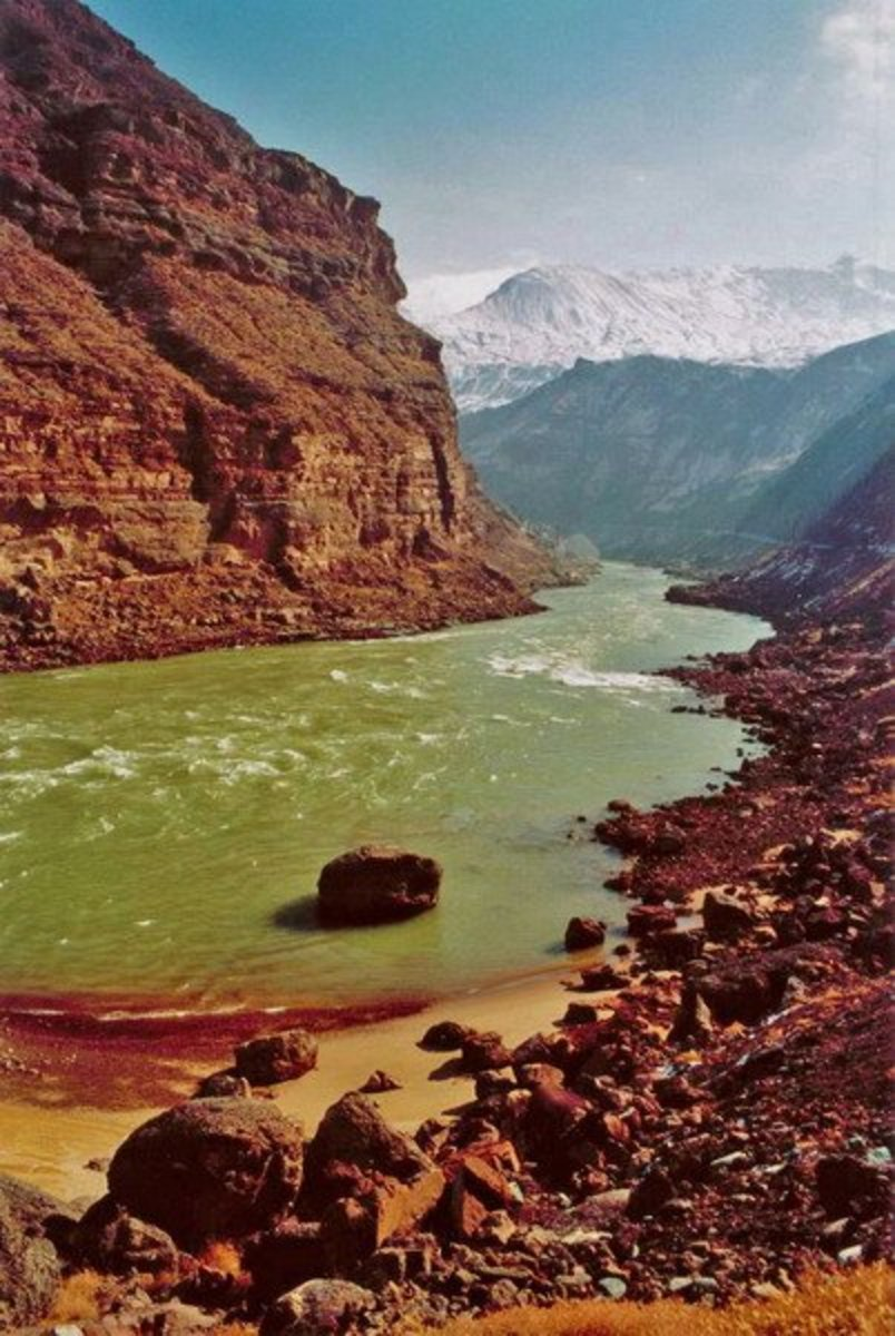 The Yellow River; also known as River of the Princess (Khatun Gol).