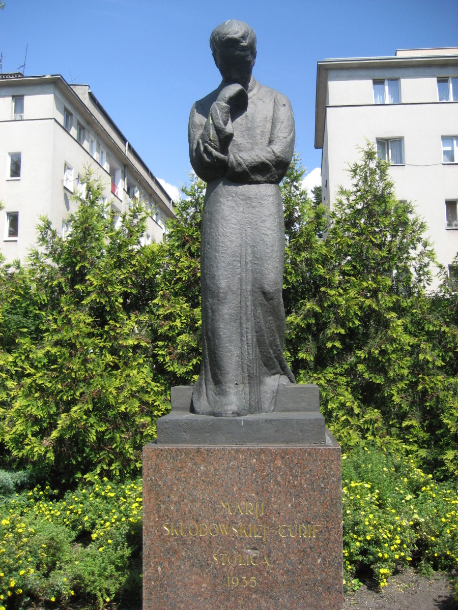 An approximately life-size statue of Maria Skłodowska-Curie (1867-1934), sculpted by Ludwika Nitschowa, erected in 1935 the statue faces the Radium Institute that she established.