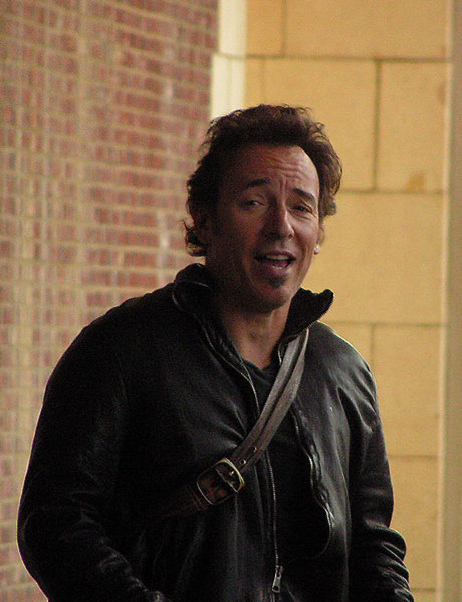 Greasy Lake is based on Bruce Springsteen's Spirit In the Night.