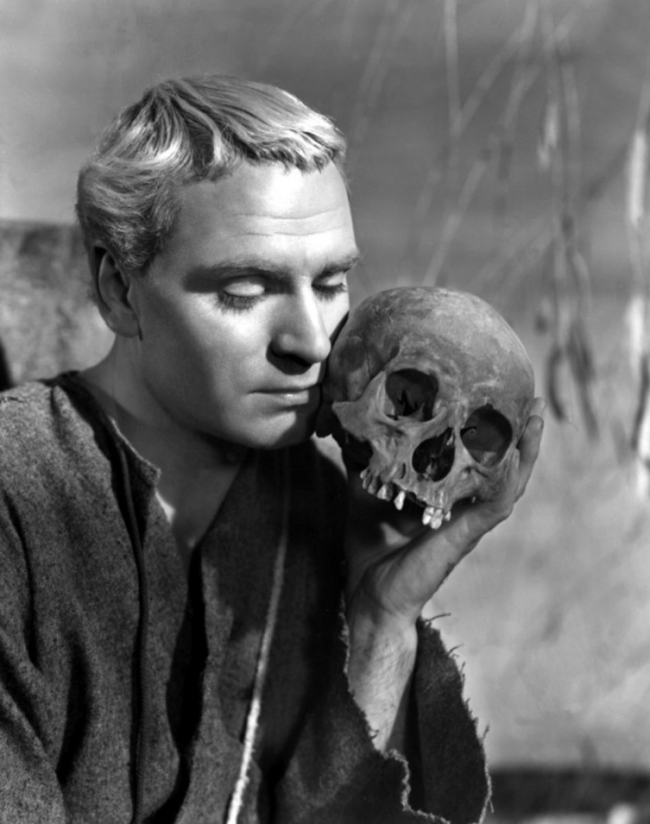Alas poor Yorick...even at the end of the play, Hamlet cannot commit to a course of action.