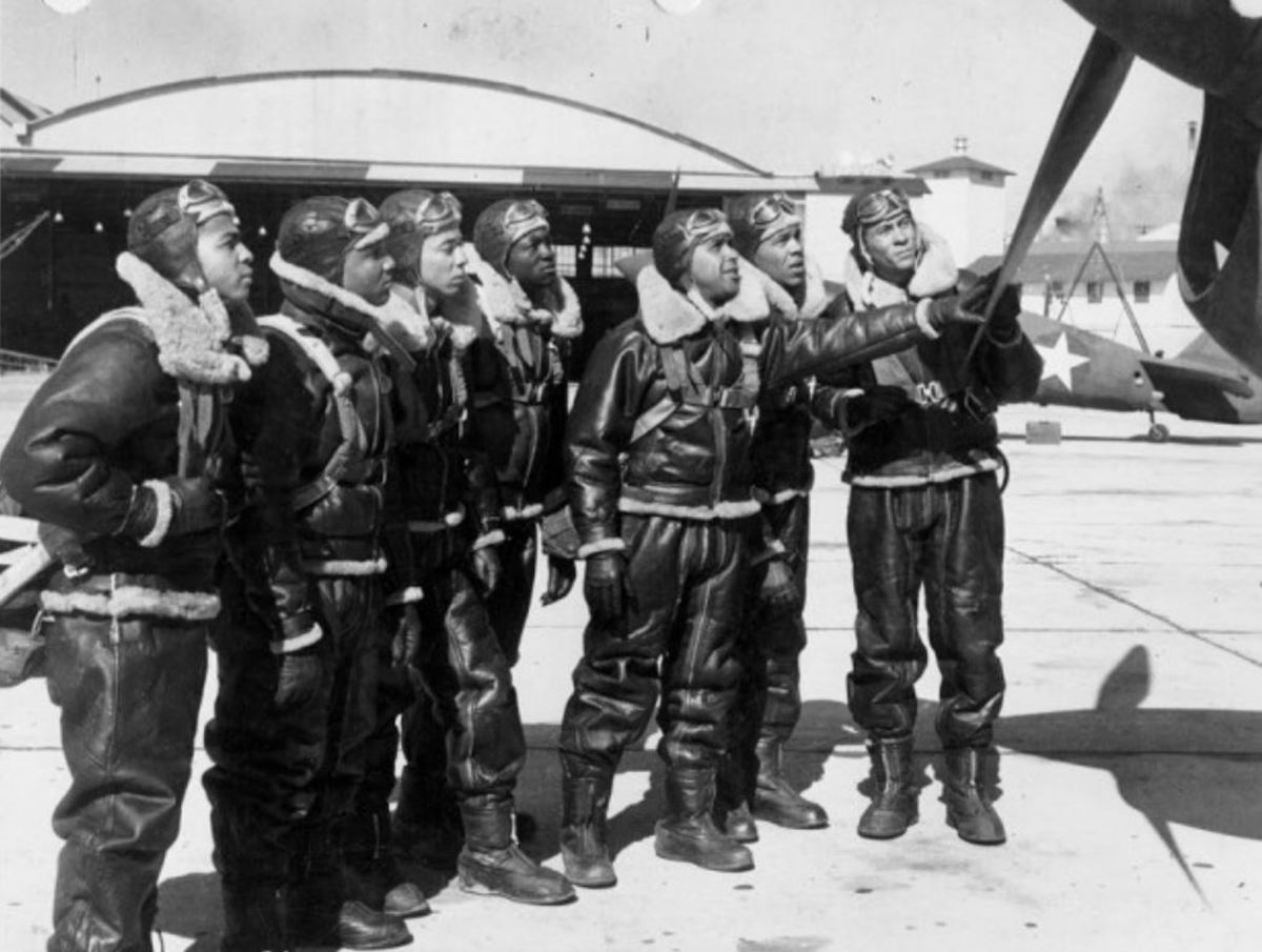 Members of Tuskegee Class 43-B